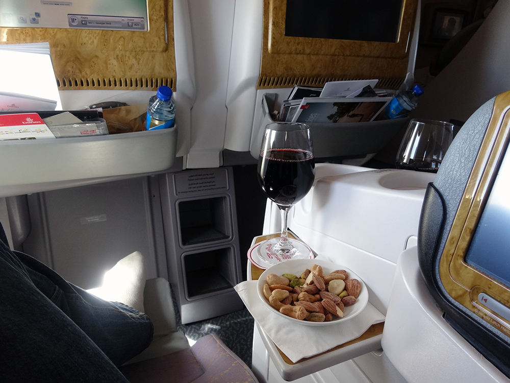 emirates business class 777-300ER